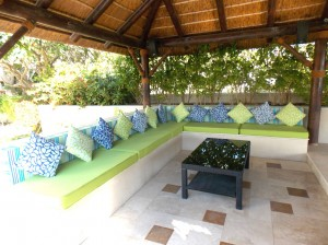 outdoor-cushions-in-Emirates-Hill-Dubai-2